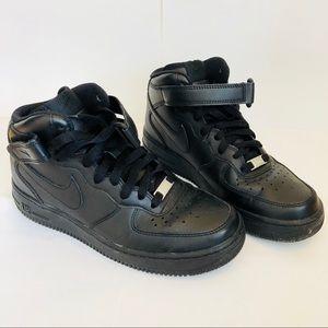 NIKE Air Force Ones - BLACK
